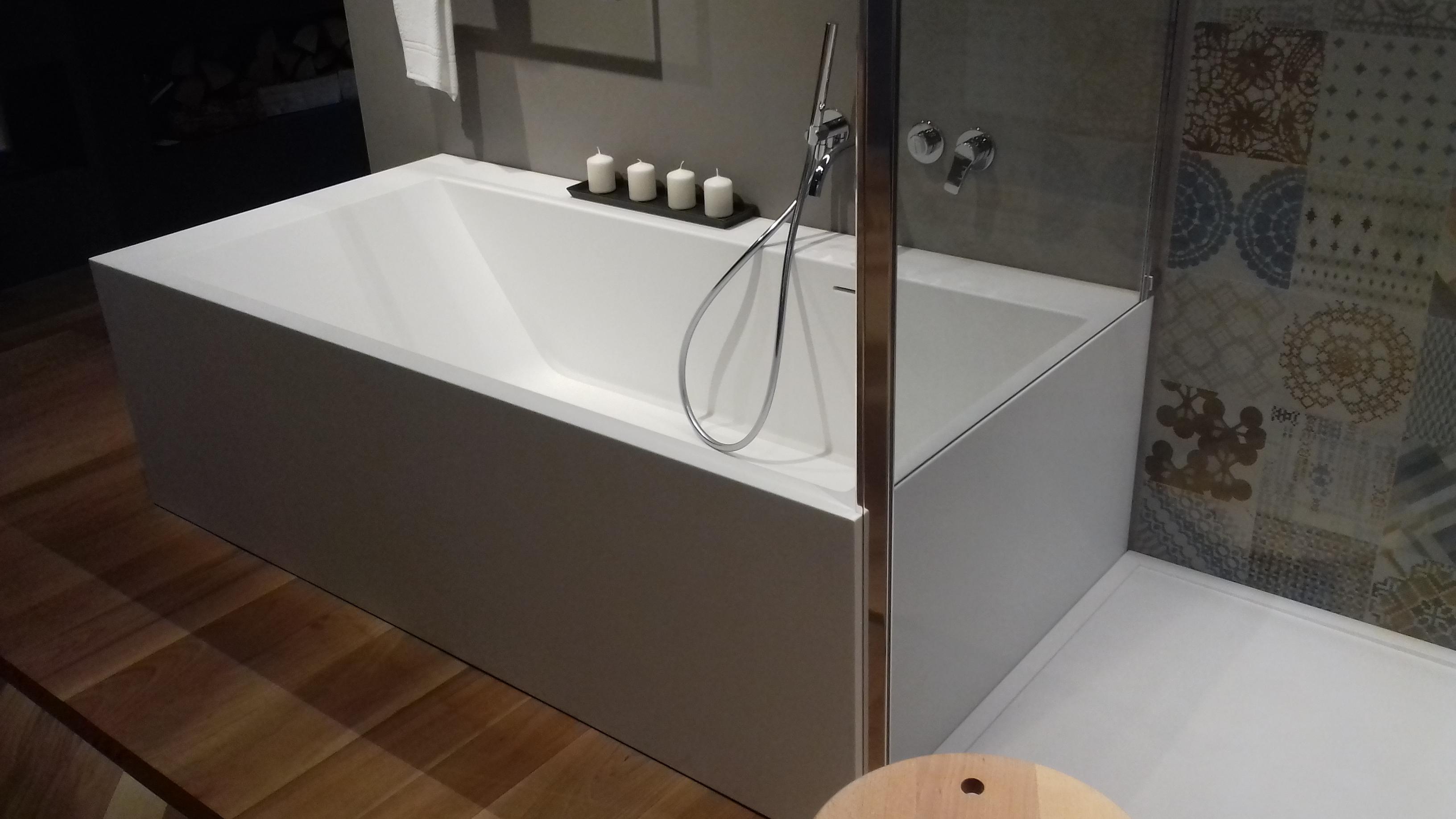Vasche da bagno outlet roma outlet mondo convenienza roma lissone